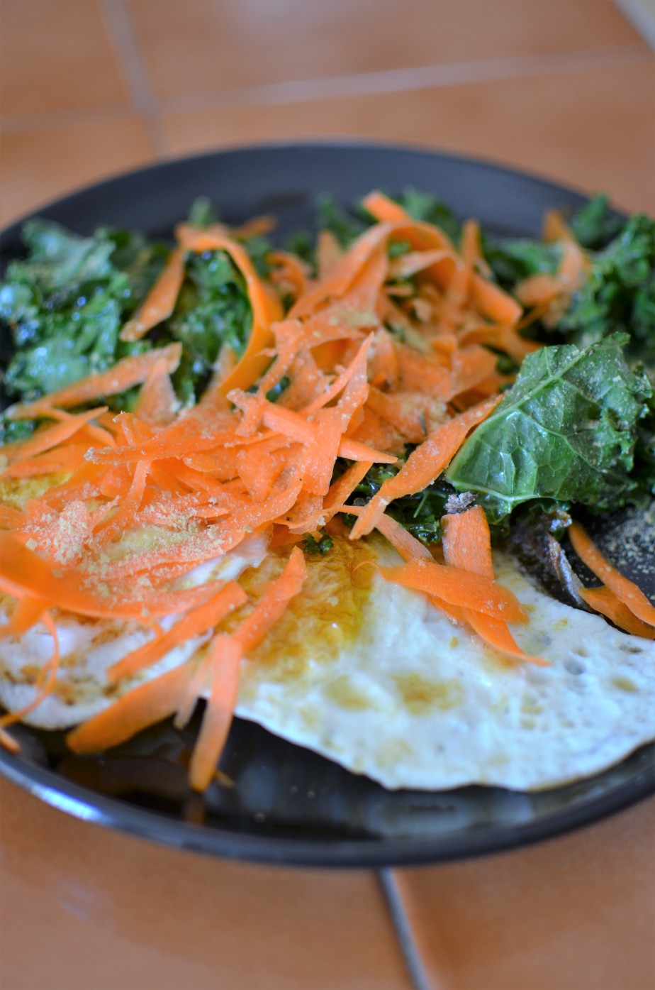 Fried Egg and Kale Breakfast Salad